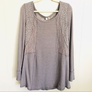 Anthropologie Eloise gray thermal and lace top